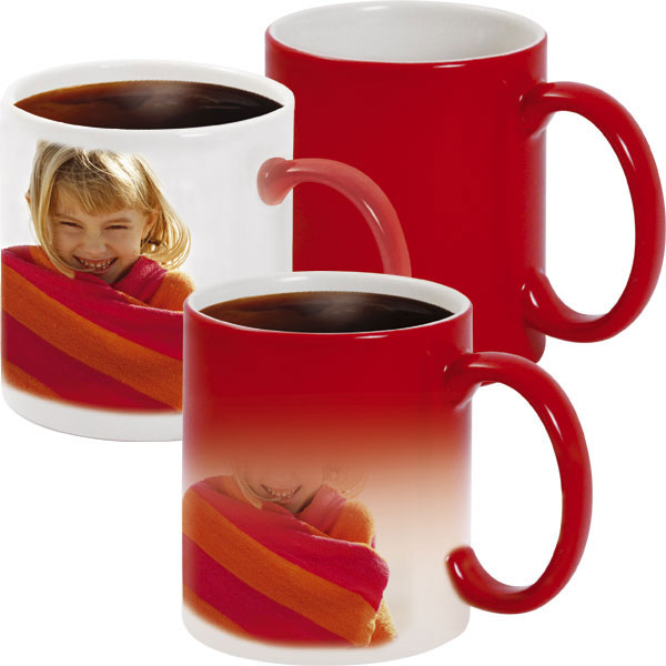 Red MAGIC mug - 1x print for a right-hander, a gift of love for your sweetheart