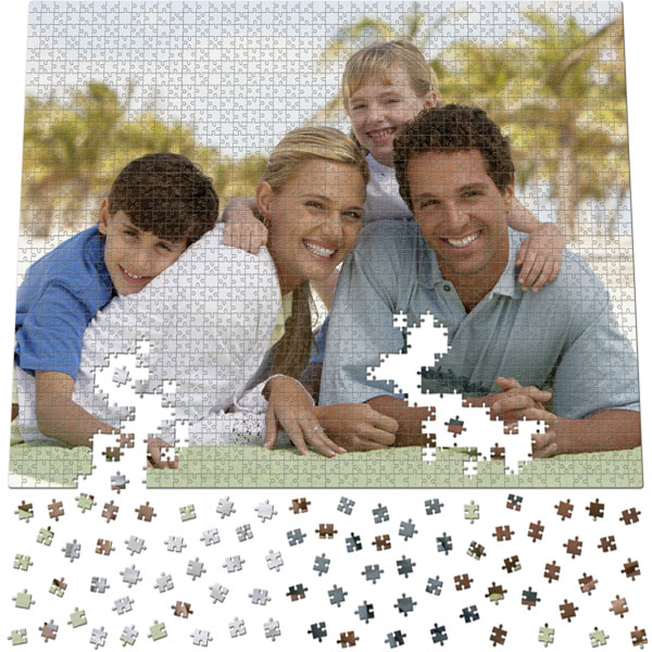 1748 Piece Puzzle 40 x 31 in, a gift with personal photos as a game for family