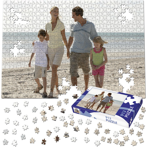 912 Piece Puzzle 31 x 21 in with a gift box